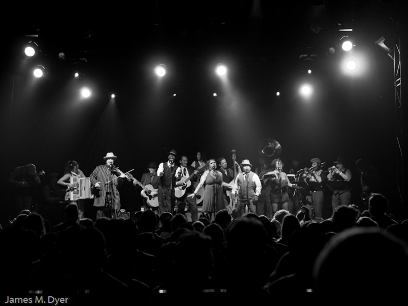 Vaud and the Villains-El Rey