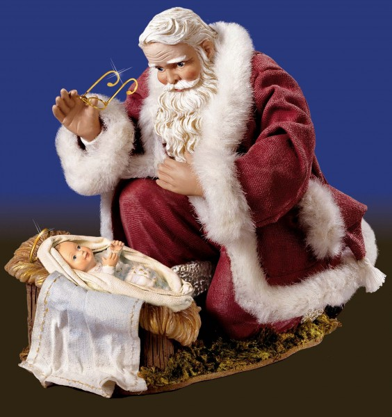Look at him. He's saluting Jesus.  How cool is that?  Santa's awesome.